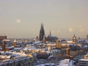 winterliches Köln mit Blick auf den Dom